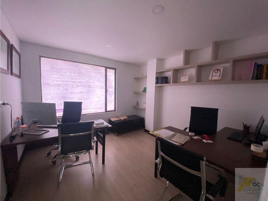 vendo edificio con bodega y apartamentos modernos