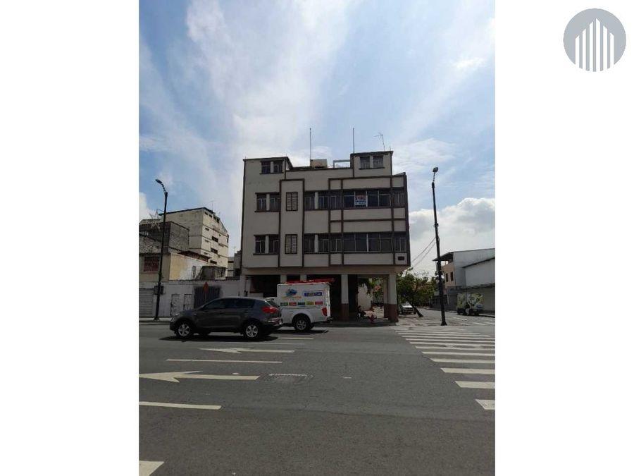 vendo edificio de 96 mtros2 de construccion pb dos locales comerciales