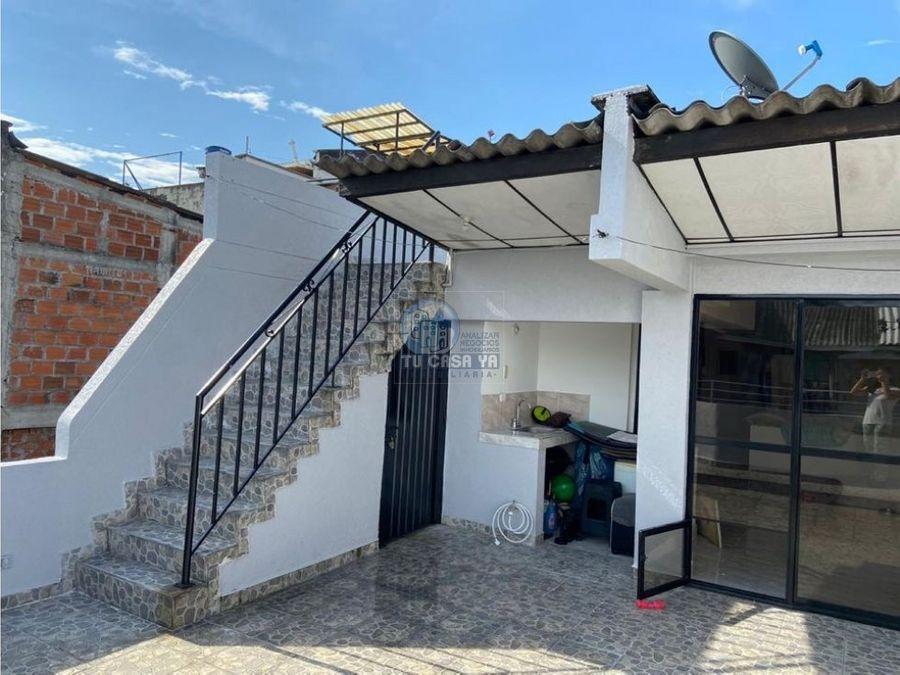 vendo hermosa casa con garaje y terraza