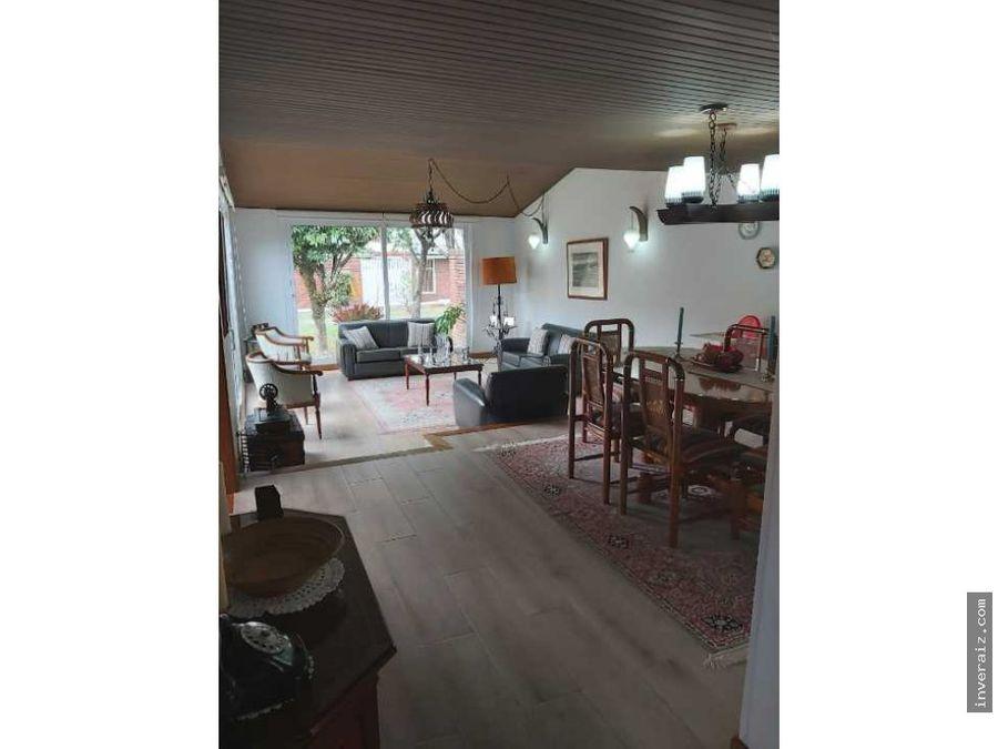 vendo hermosa casa en niza 268mts 4 habs terraza yg