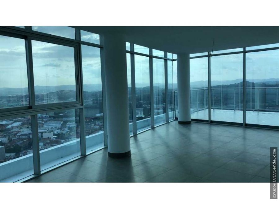 venta apartamento vista al mar en avenida balboa