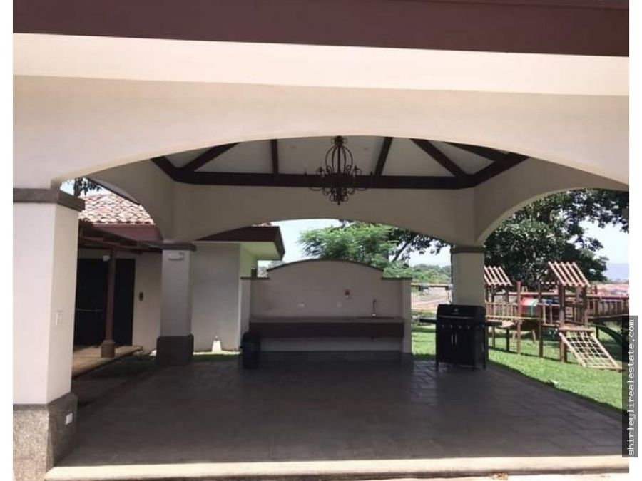 vendo lote en condominio exclusivo francosta 359m2