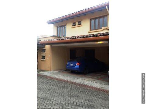vendo preciosa casa en condominio en guachipelin