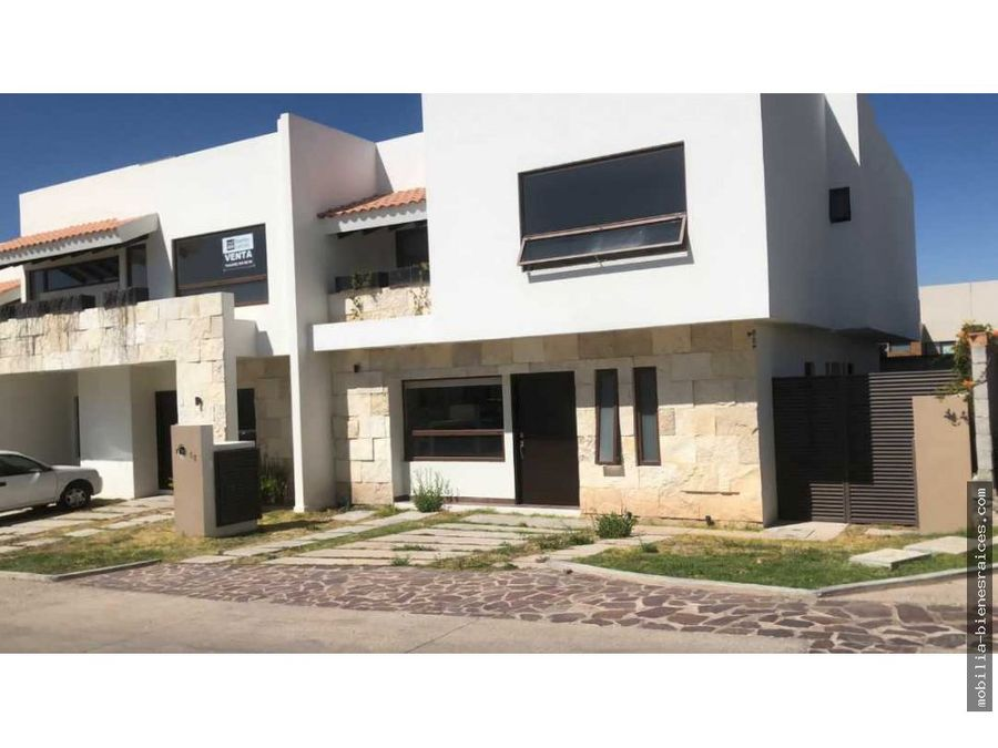 vendo preciosas casas altozano 4515000