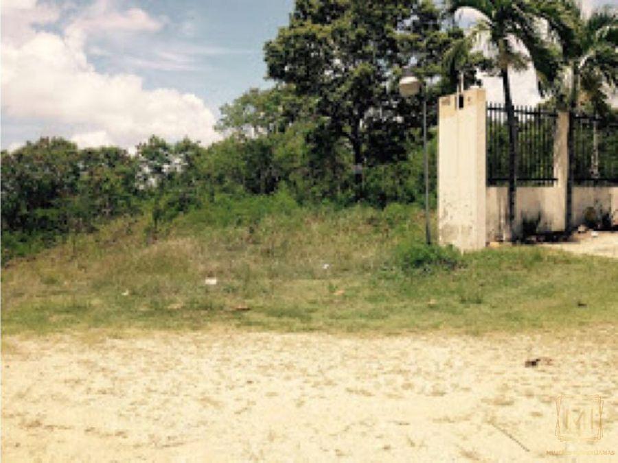 vendo solar en proyecto cerrado villas naco