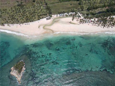 vendo terrenos turistico para villas cabrera nagua 500mts