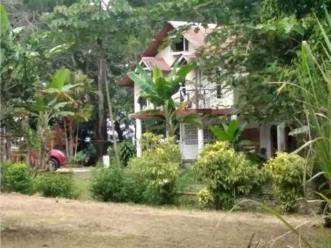 vendo 2 hectareas con casa y rio en guayabal