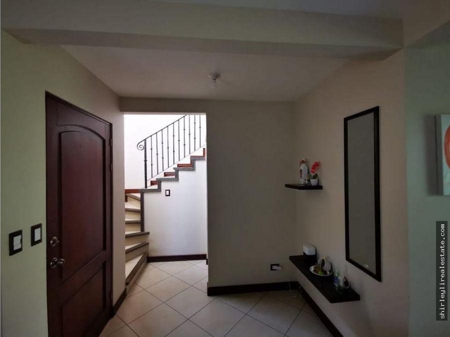 vendo alquilo casa en condominio san francisco de heredia