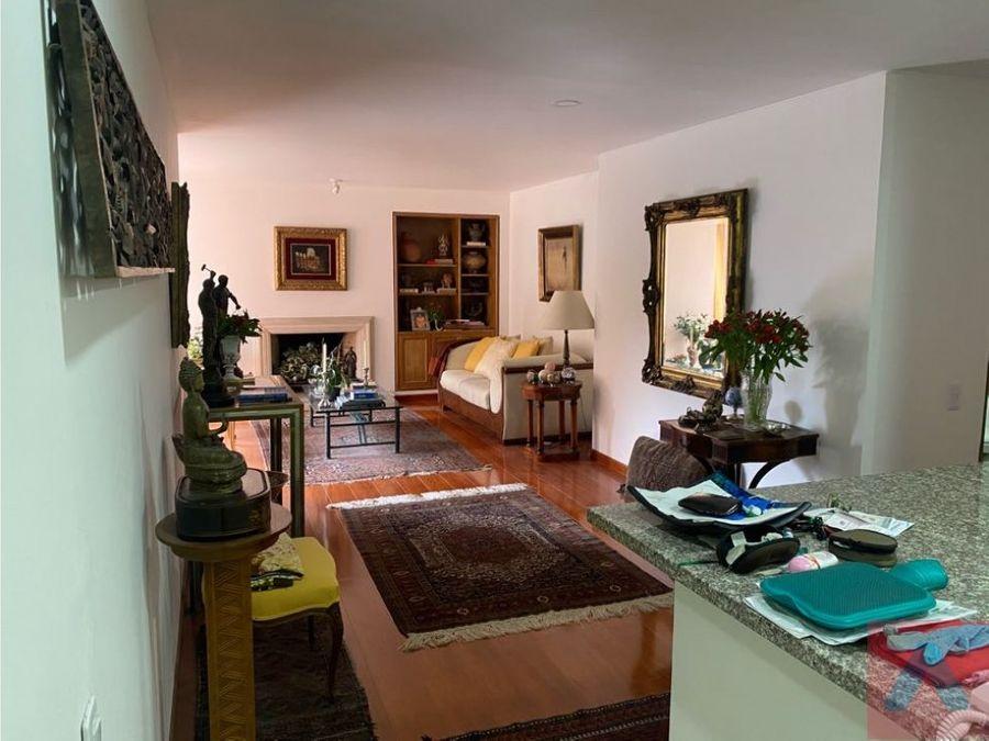 vendo apartamento barrio rosales 2 alcobas 2 banos 100m2