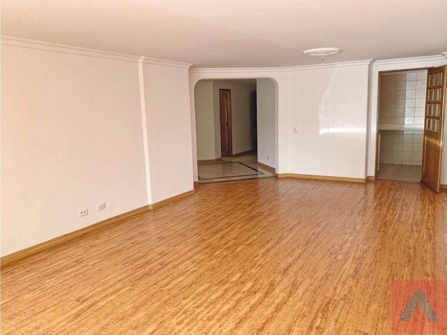vendo rento apartamento la carolina 139 m260 m2terraza 1 piso