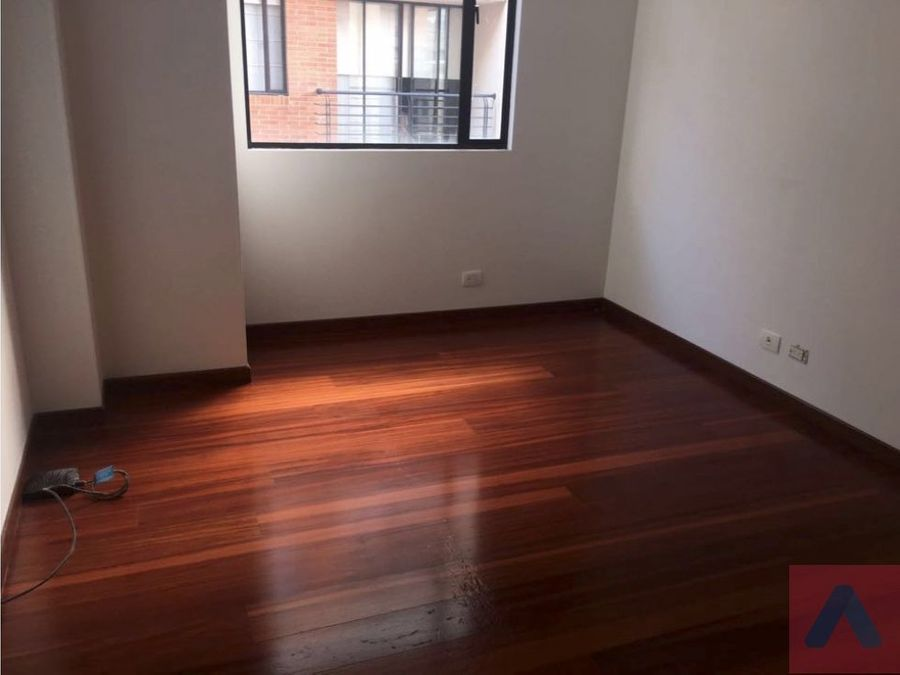 venta apartamento barrio san patricio 4 alcobas 4 banos balcon
