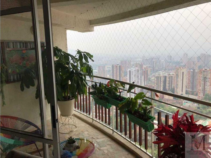 venta apartamento con doble parqueadero sabaneta
