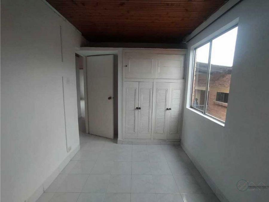 venta apartamento sobre av centenario