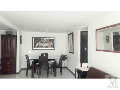 venta apartamento en sabaneta sector central con parqueadero y util