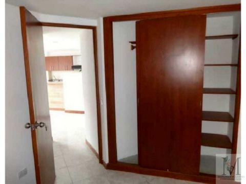 venta apartamento en sabaneta cerca al parque principal zona plana