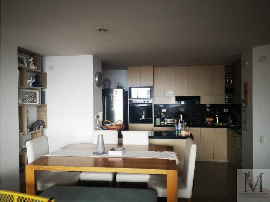 venta apartamento envigado piso alto vista ciudad