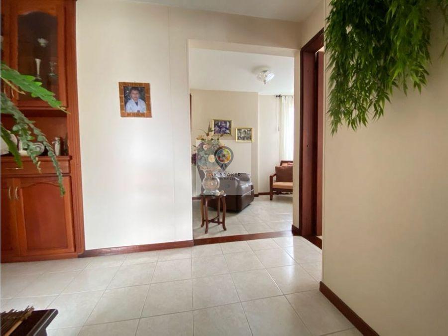 venta apartamento esquinero sector la rebeca pereira