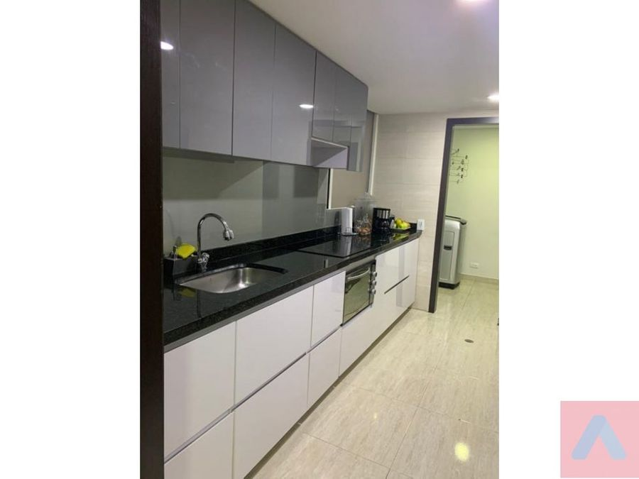 venta apartamento sta barbara 145m2 3 alcobas 3 banos 30m2 terraza