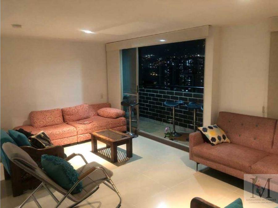 venta apartamento con parqueadero y util sabaneta piso alto central