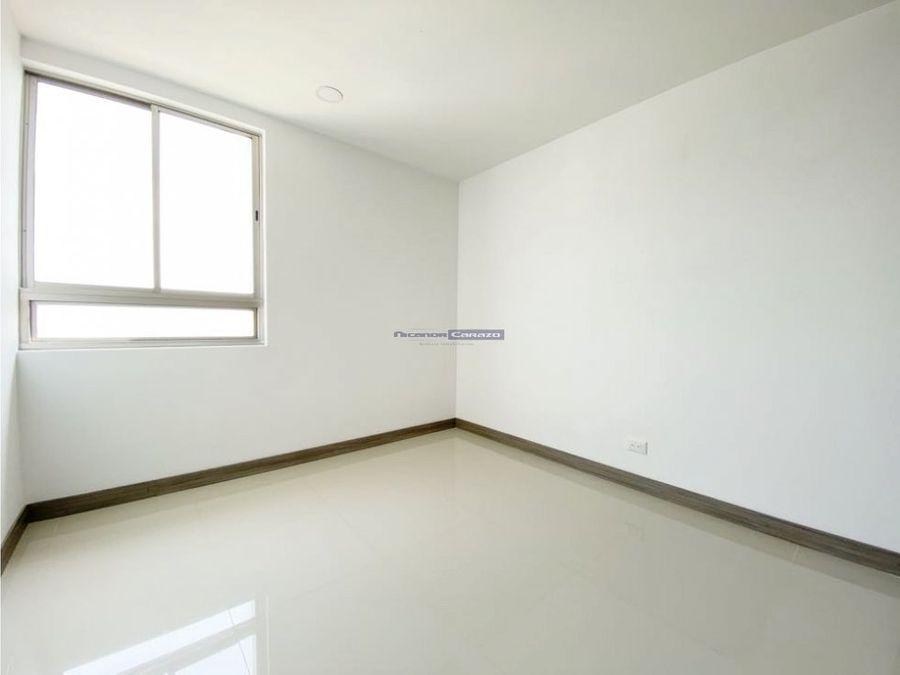 venta apartamento 3 alcobas con renta fija crespo