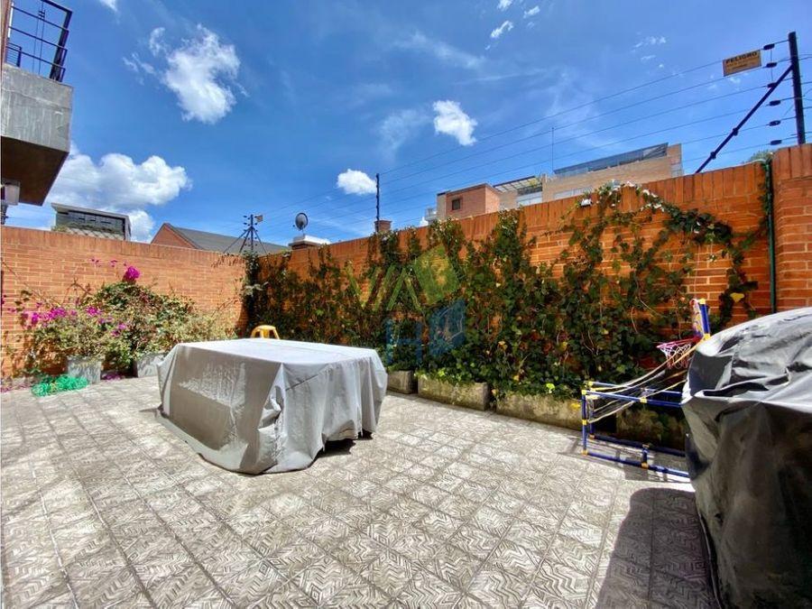 venta apto con terraza en santa bibiana
