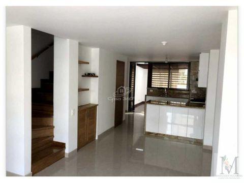 venta casa 3 niveles y parqueadero en suramerica