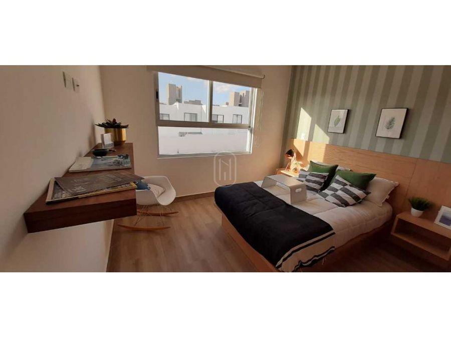 venta casa 3 recamaras con roof garden zakia