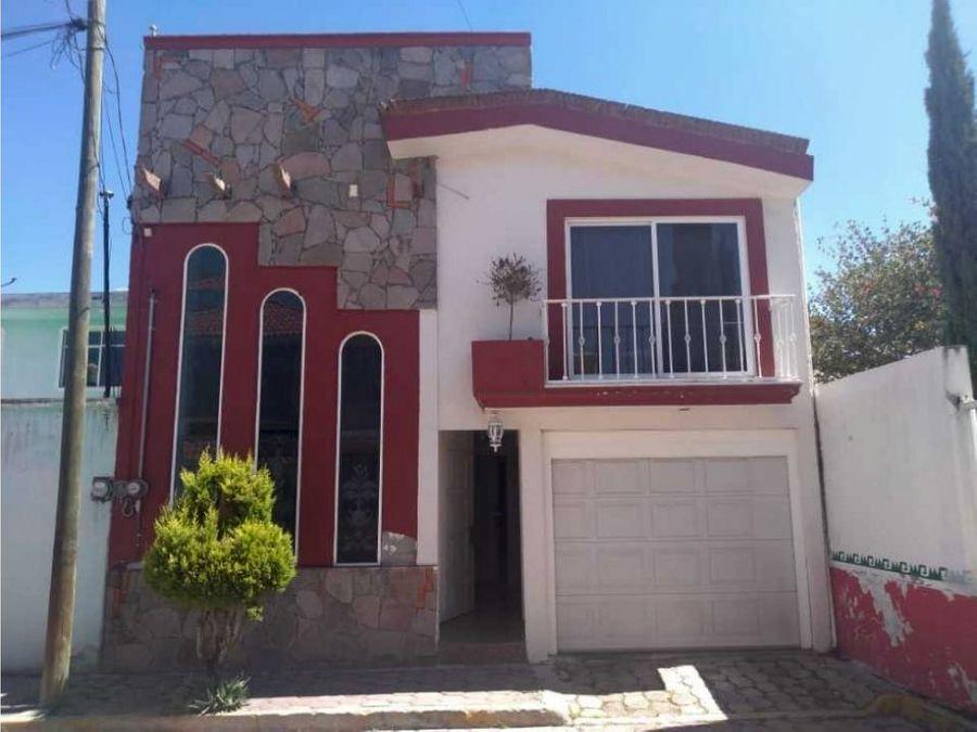 venta casa 2 niveles col indeco apizaco
