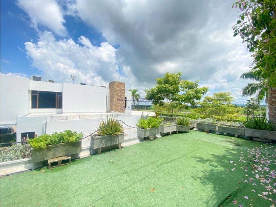 venta casa 900 m2 de 2 niveles en barcelona en zona norte cartagena