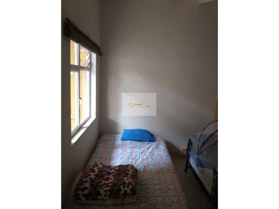 se vende casa con local en centro de popayan