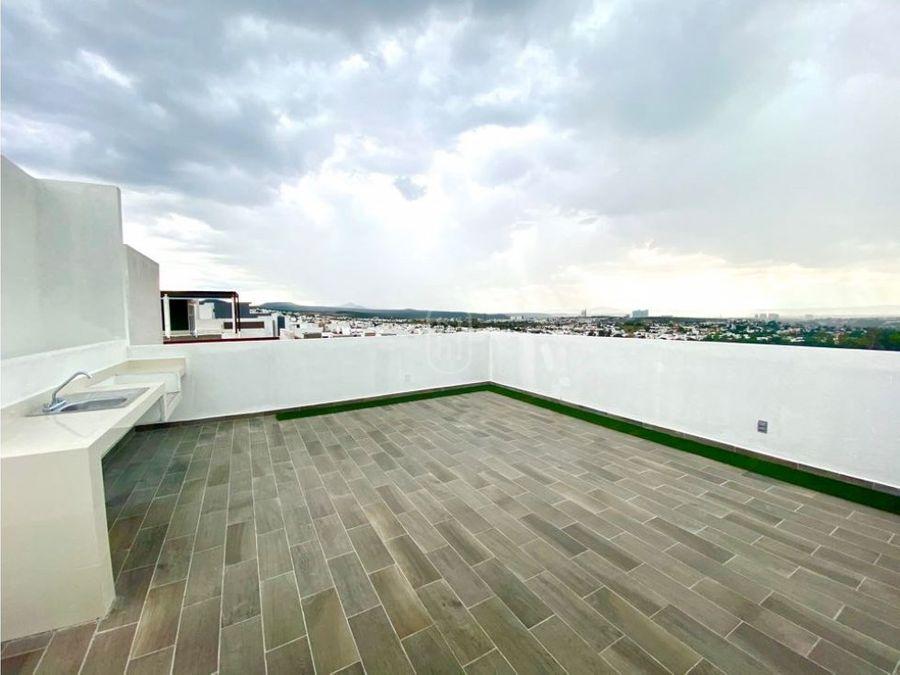 venta casa con 4 recamaras roof garden lomas de juriquilla queretaro