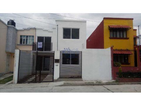 renta casa calle lirio volcanes remodelada