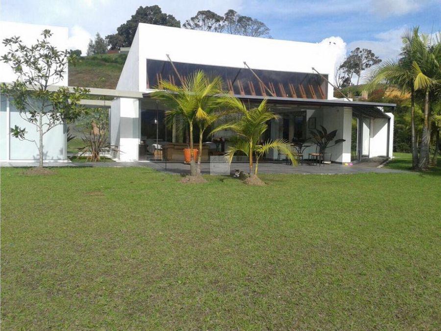 venta casa campestre la ceja via san antonio 2550 m2