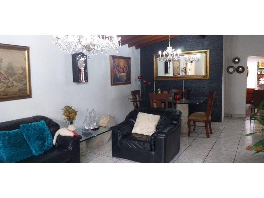 venta casa barrio santa fe medellin tercer piso 88 m2
