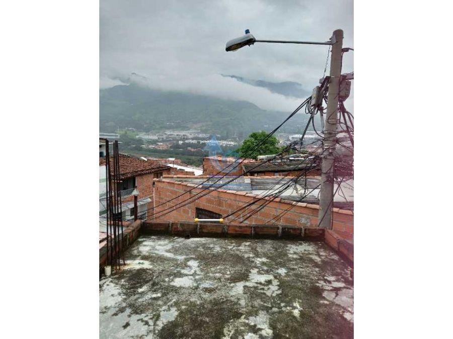 venta casa en copacabana con licencia de construccion