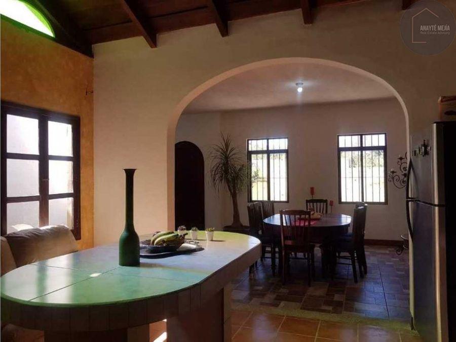 venta casa en antigua guatemala