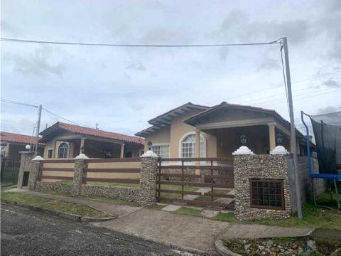 venta casa en boquete 400 m2