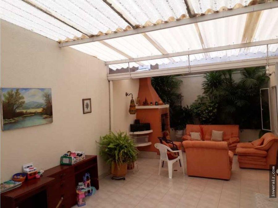 venta casa en alhambra 244 mtrs terraza5habsyg