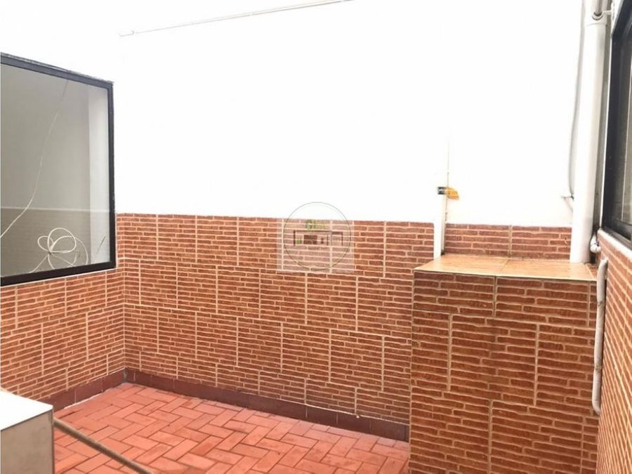 venta casa estadio medellin frente 9m20m alta mixtura 920 millones