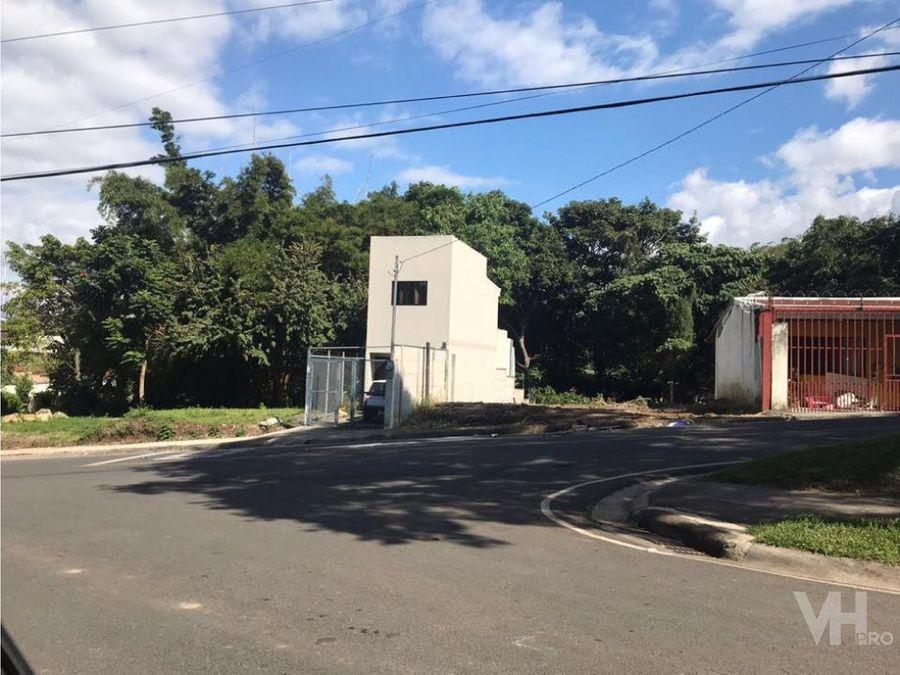 venta casa nueva lote contiguo en escazu centro juntos o separados