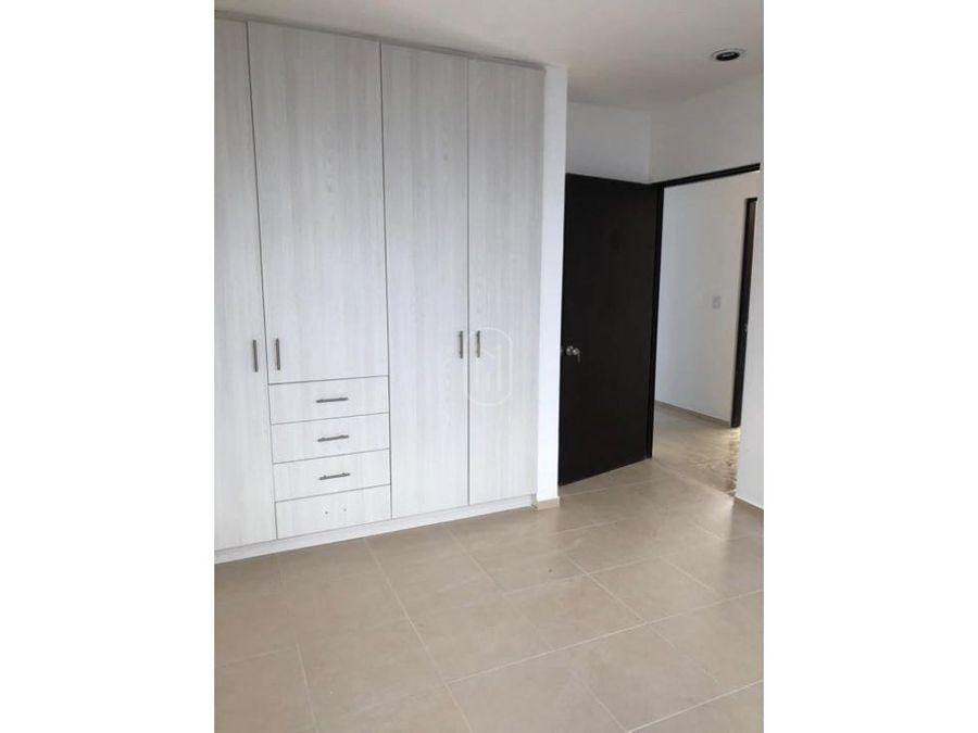 venta casa un piso y cuarto de servicio real de juriquilla queretaro