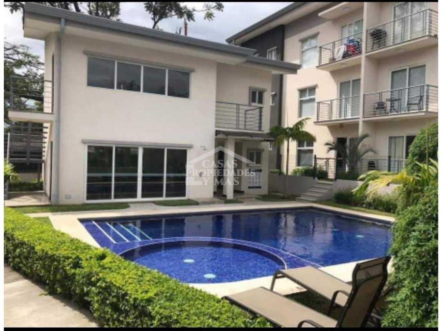 venta de apartamento en condominio excelente oportunidad