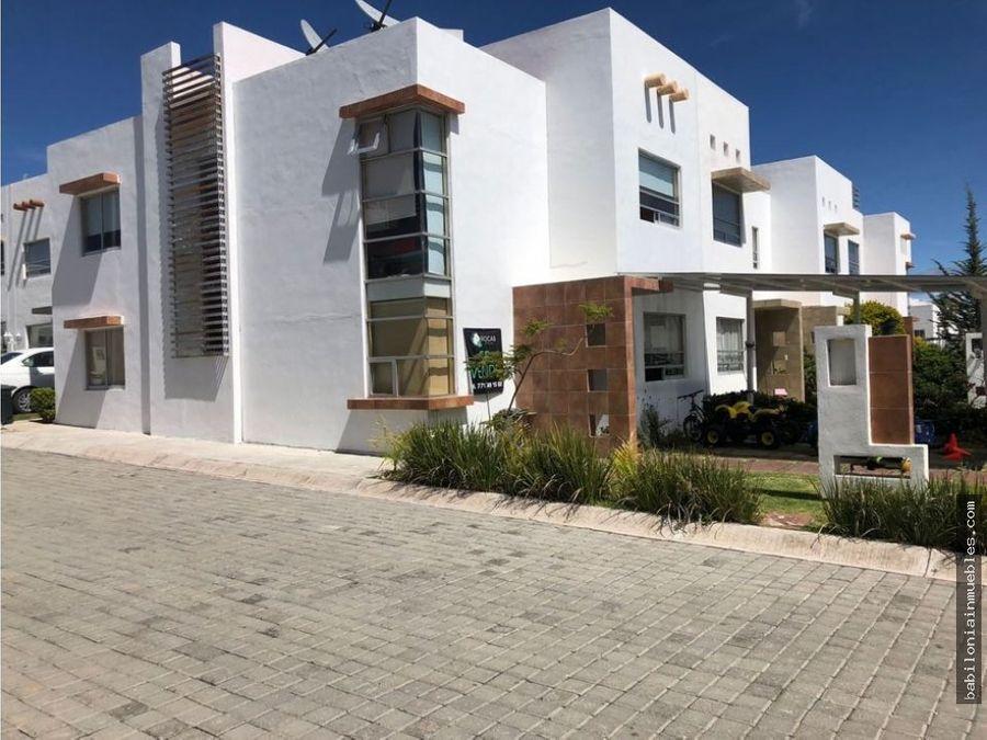 venta de bonita casa en esquina valle del sol