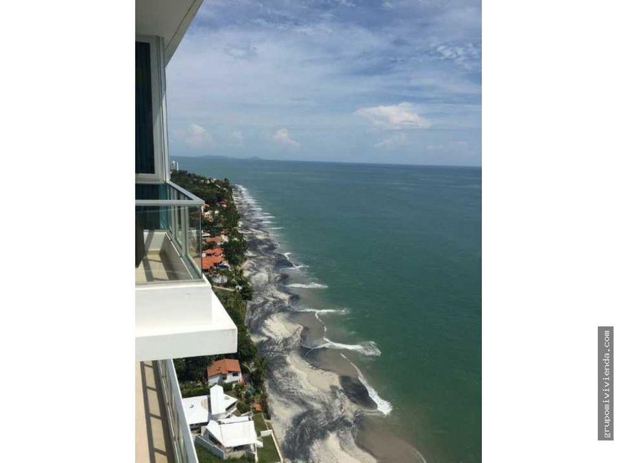 venta de bonito apartamento en playa coronado