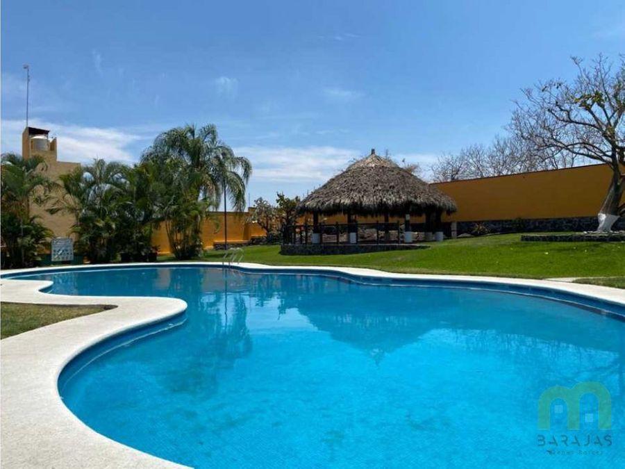 venta de casa con piscina en condominio emiliano zapata morelos