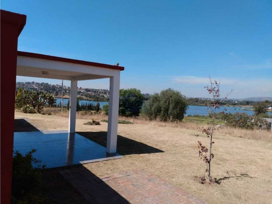 venta de casa con hermosa vista a la laguna de acuiltapilco