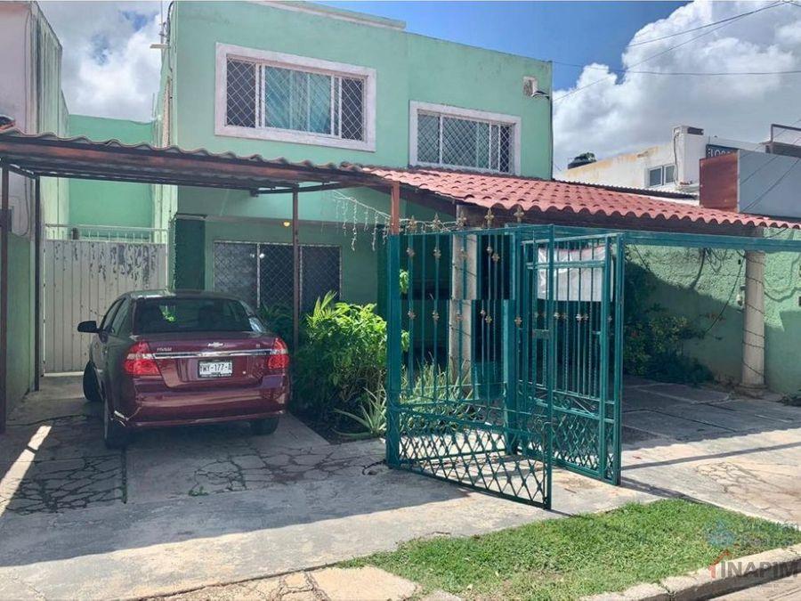 venta de casa en colonia mexico norte sobre avenida principal