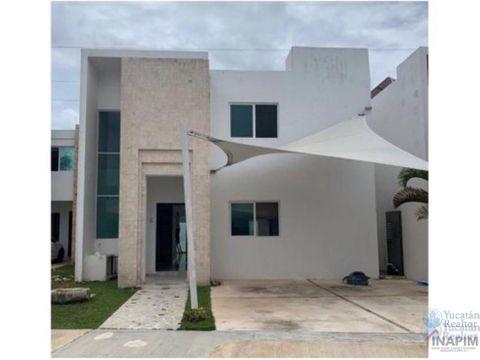 venta de casa en privada villas la ceiba