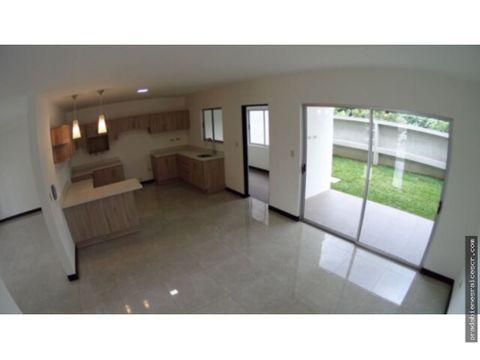 venta de casa en tres rios dentro de condominio