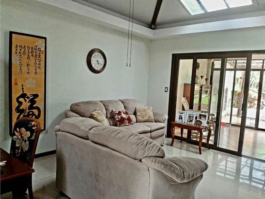 venta de casa independiente de 1 planta en pozos de santa ana